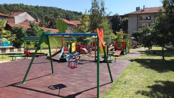 731 деца ще посещават детските градини в общината през настоящата година
